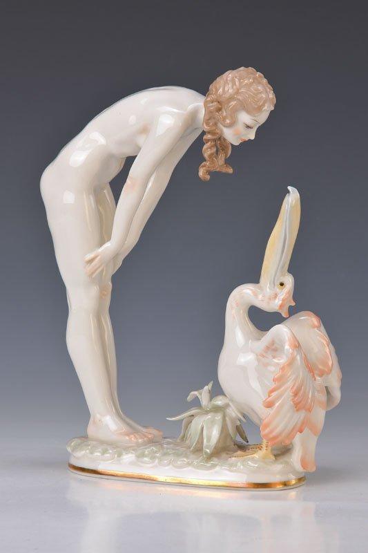 porcelain figurine hutschenreuther after 1952 lot 5019. Black Bedroom Furniture Sets. Home Design Ideas