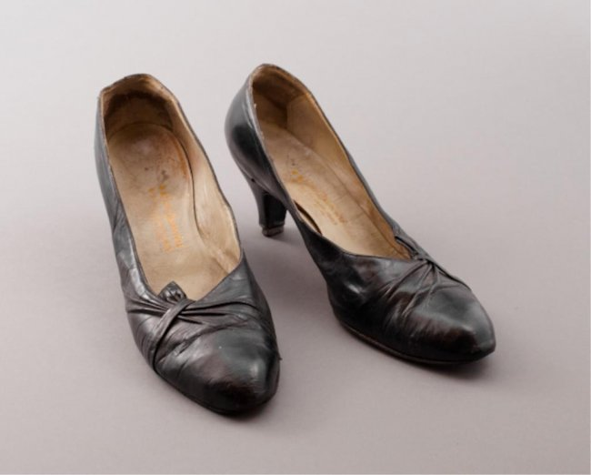 Pair Of Jackie Kennedy 39 S Mancini Shoes Lot 434