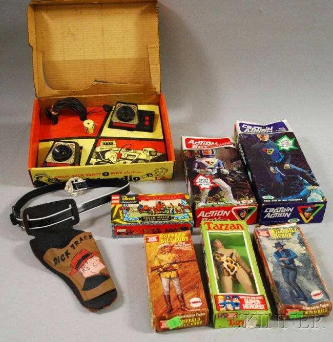 Vintage Toys From The 60s : Group of s vintage toys and figures inclu