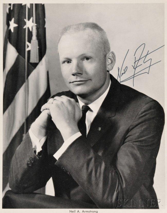175: NASA Astronaut Neil Armstrong Autographed Portrait ...