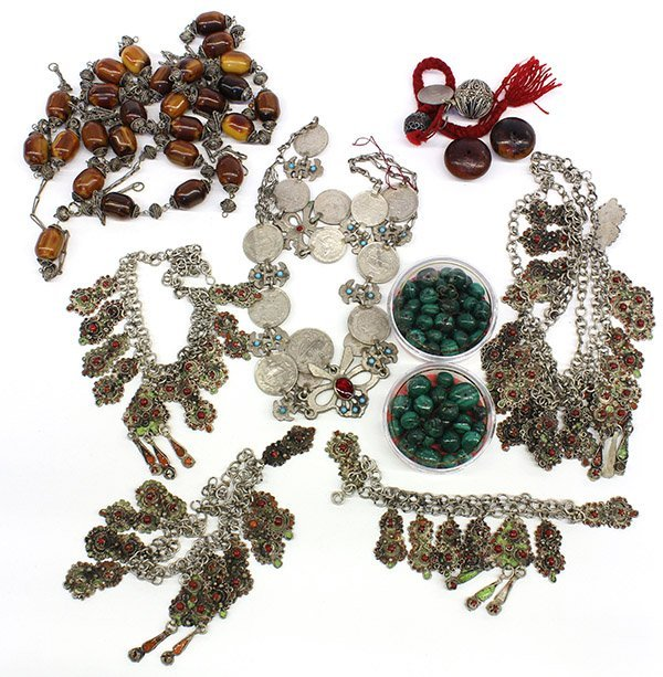 4729 collection of middle eastern style jewelry lot 4729