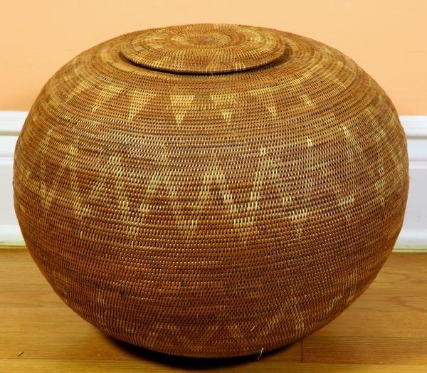 African Woven Baskets: 1502: African Woven Coil Basket : Lot 1502