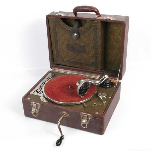 1433 Mid 1900 39 S Portable Record Player Plaza Music Co