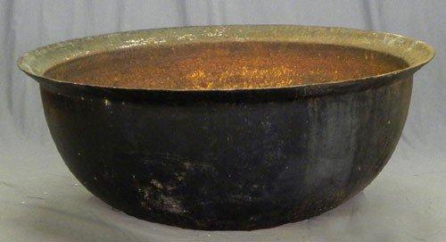 1123: Cast Iron Sugar Kettle, 19th c., Louisiana, H.- 2
