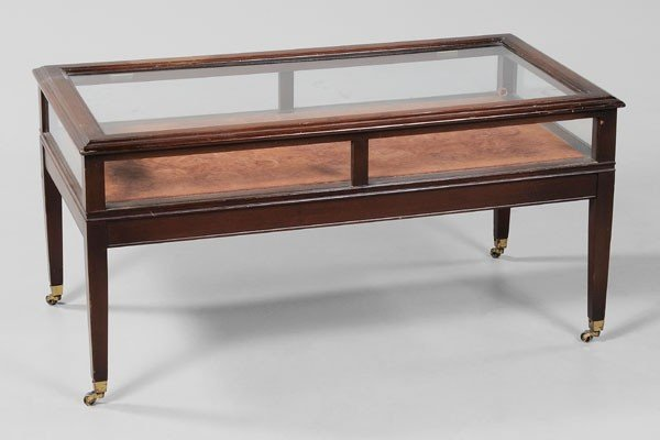376 mahogany lift top vitrine coffee table lot 376 for Table vitrine