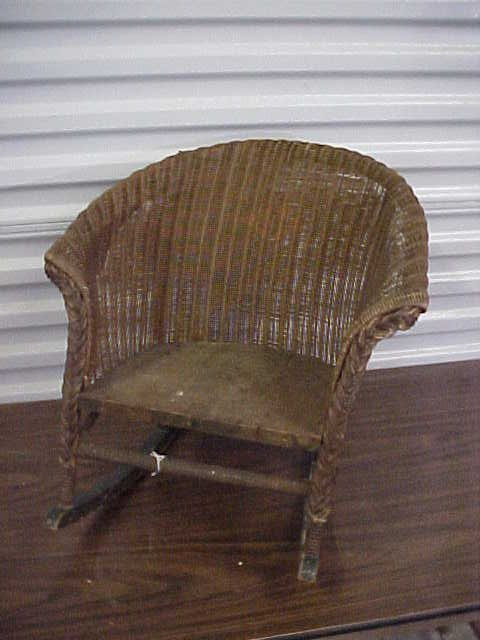 256 1920 S Child S Wicker Rocking Chair Lot 256