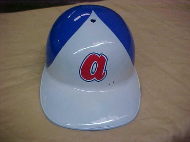 atlanta braves baseball hat plastic 1969 lot 210