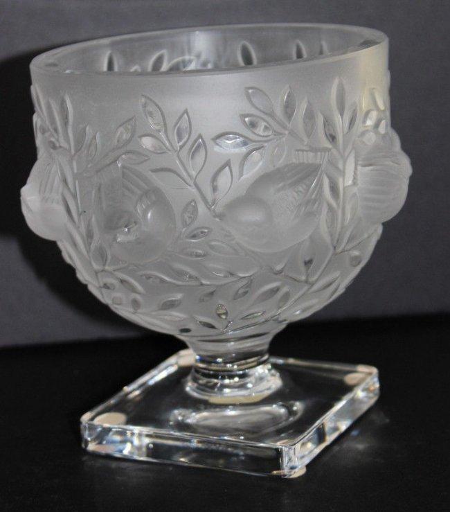 lalique france elizabeth crystal vase lot 63. Black Bedroom Furniture Sets. Home Design Ideas