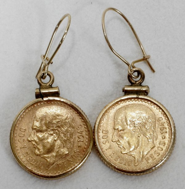 121142 mexican 1945 2 peso gold coin earrings lot 121142
