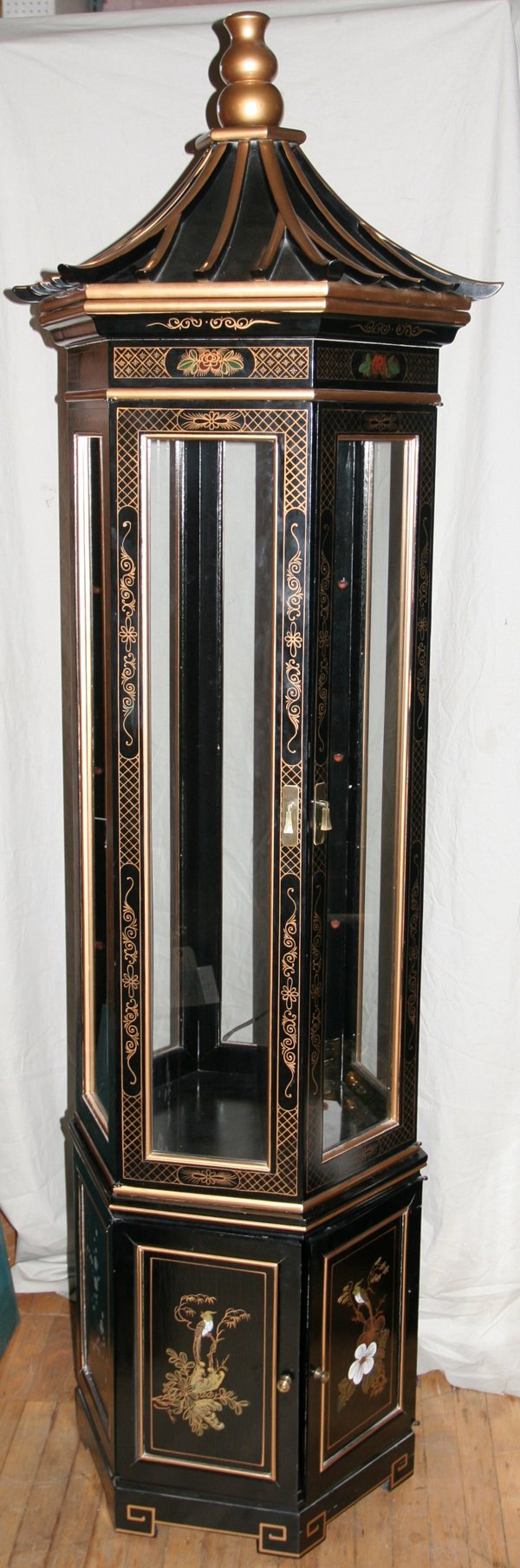 100087 chinoiserie black lacquered curio cabinet lot 100087
