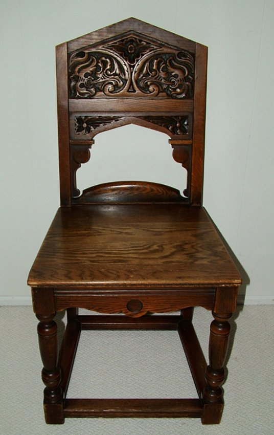 082292 Grand Rapids Bookcase Chair Co Hall Chair Lot 82292