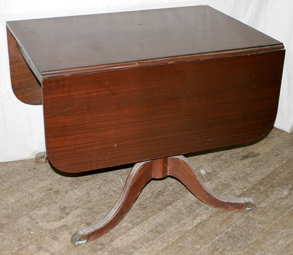 DUNCAN PHYFE STYLE MAHOGANY DROP LEAF TABLE Lot 91469 : 198469571l from liveauctioneers.com size 600 x 523 jpeg 54kB