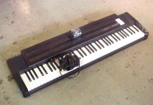 3092a roland ep 7 digital piano keyboard lot 3092a. Black Bedroom Furniture Sets. Home Design Ideas