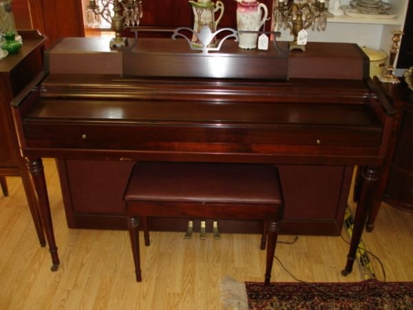 166 Antique Wurlitzer Spinet Upright Piano W Bench Lot 166