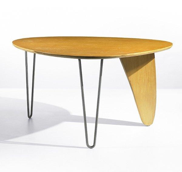 153 Isamu Noguchi Rudder Dining Table Model IN 20