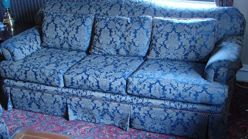 1007 Hickory Hill Overstuffed Sofa With Floral Pattern Lot 1007
