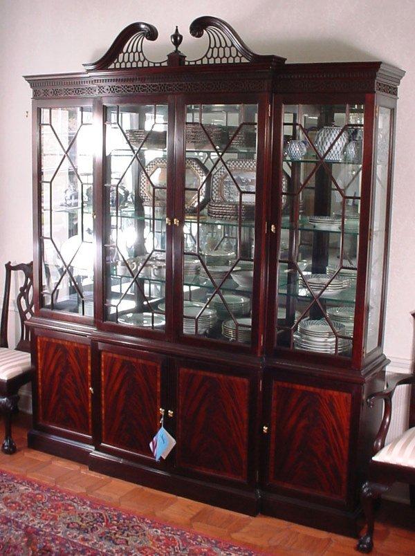 505 Stickley Mahogany Breakfront China Cabinet Lot 505