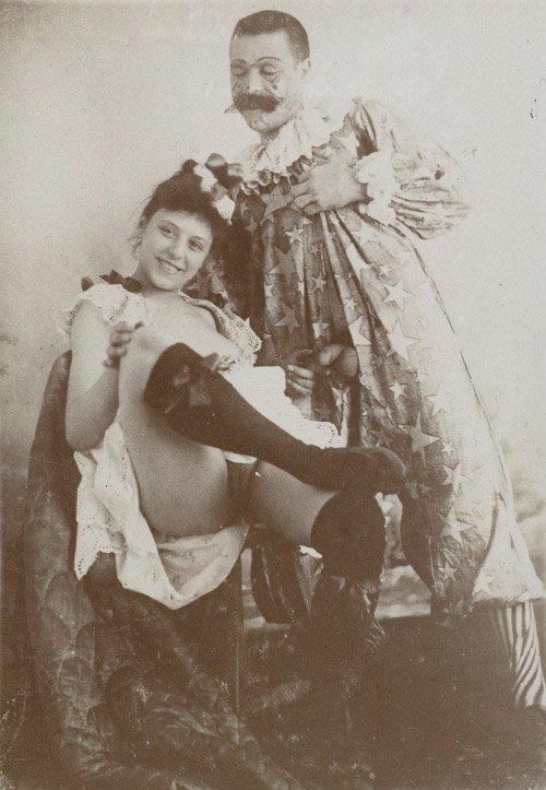 Ретро фотографии старинной эротики и винтажного порно представленные в