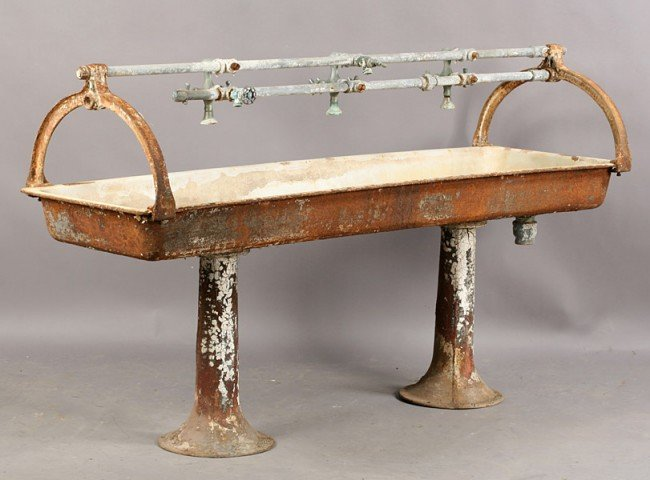 Vintage Trough Sink : 606: VINTAGE CAST IRON MULTI FAUCET TROUGH STYLE SINK : Lot 606