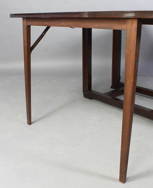 184 VINTAGE FRENCH FOLDING COLLAPSING DINING TABLE Lot 184