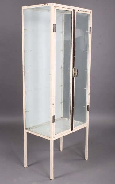 611 vintage industrial metal vitrine 2 glass doors lot 611. Black Bedroom Furniture Sets. Home Design Ideas