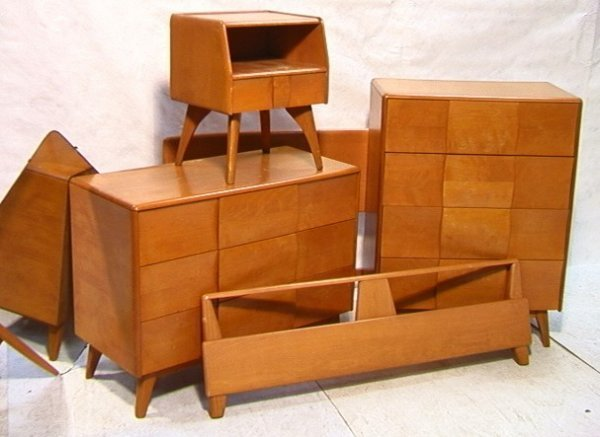 144 heywood wakefield bedroom set dressers stand