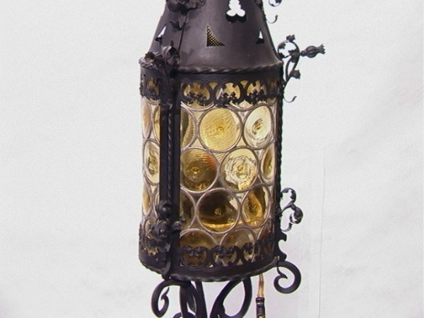 300: Wrought Iron Floor Lamp. Manner Of Samuel Yellin : Lot 300