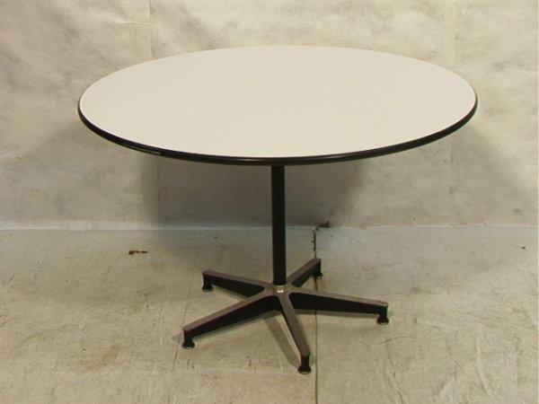 383 Herman Miller Round Pedestal Dining Table White Lot 383