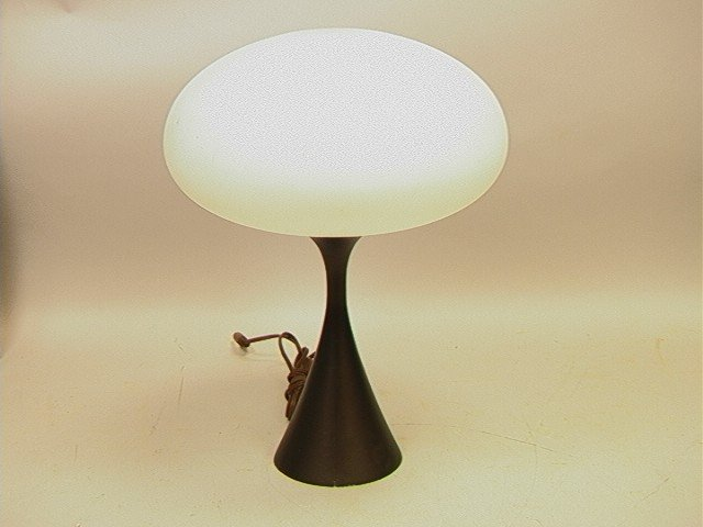 56 Laurel Mushroom Table Lamp Frosted Glass Shade Lot 56