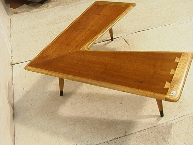 672 L Shape Lane Coffee Cocktail Table Banded Dove Lot 672