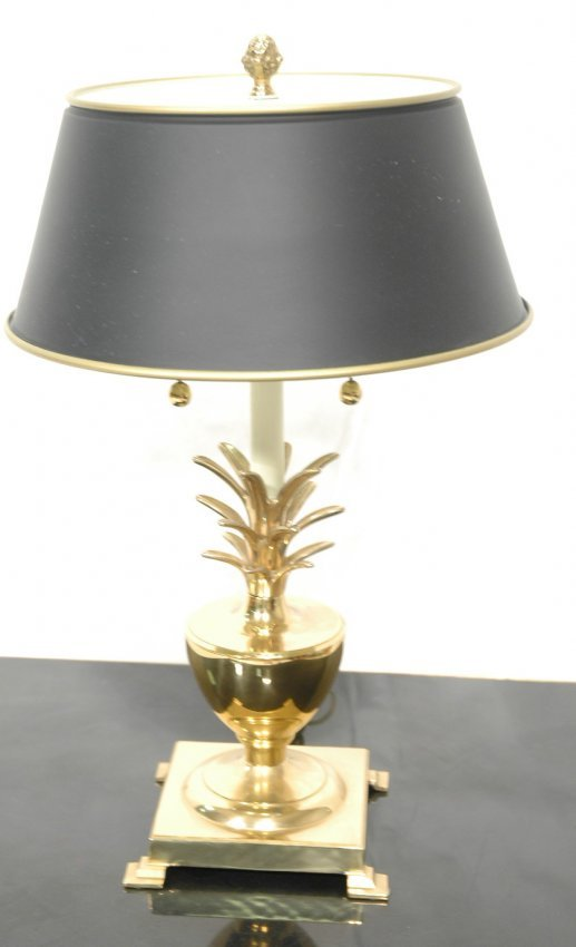 solid brass pineapple form table lamp coordinati lot 388. Black Bedroom Furniture Sets. Home Design Ideas