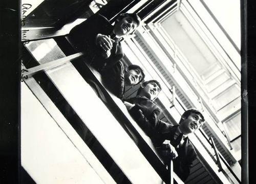 The Beatles Polska: Angus McBean fotografuje Beatlesów.
