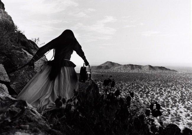 GRACIELA ITURBIDE (* 1942) 'Mujer Angel – Districto de ...  GRACIELA ITURBI...