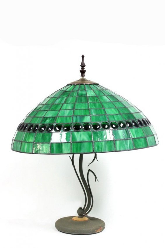 tiffany style lamp with green shade lot 1013. Black Bedroom Furniture Sets. Home Design Ideas