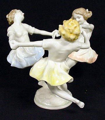 280 hutschenreuther k tutter porcelain dancing girls lot 280. Black Bedroom Furniture Sets. Home Design Ideas