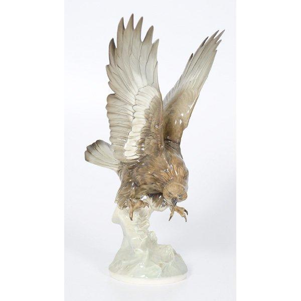 292 hutschenreuther eagle figurine lot 292. Black Bedroom Furniture Sets. Home Design Ideas