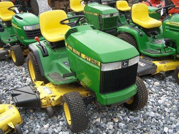 John Deere Gt262 : John deere gt lawn and garden tractor lot