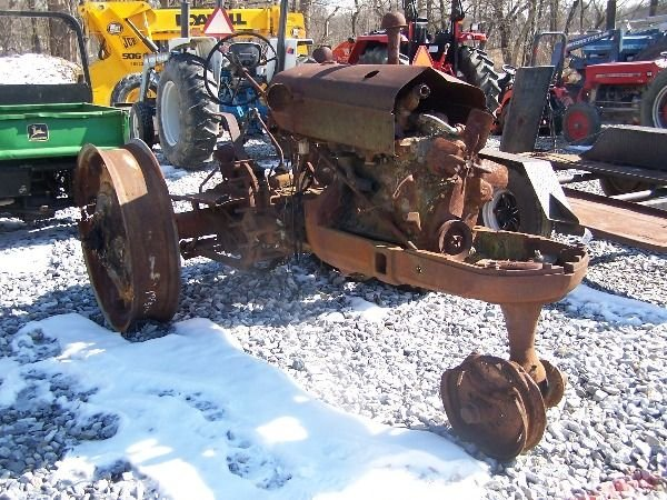 Cockshutt Tractor Parts : Cockshutt tractor for parts lot