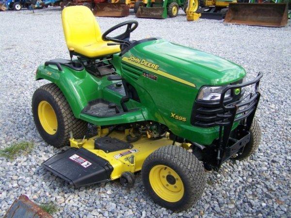 John Deere Garden Tractors 4x4 : John deere lawn and garden tractor lot
