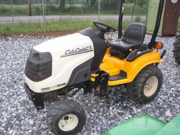 4x4 Cub Cadet Garden Tractors : Cub cadet d lawn and garden tractor lot