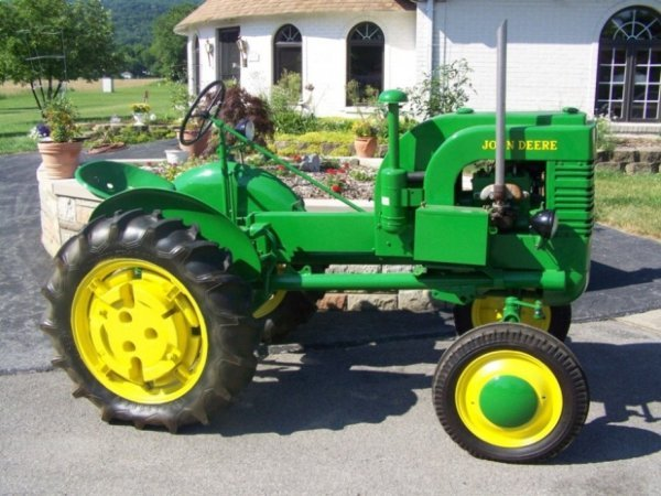 Old John Deere Tractor Parts : Restored john deere la antique tractor lot