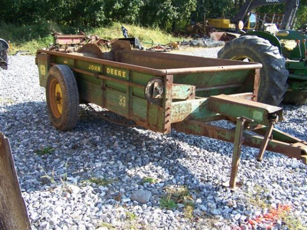 John Deere Manure Spreader : John deere manure spreader for tractors lot