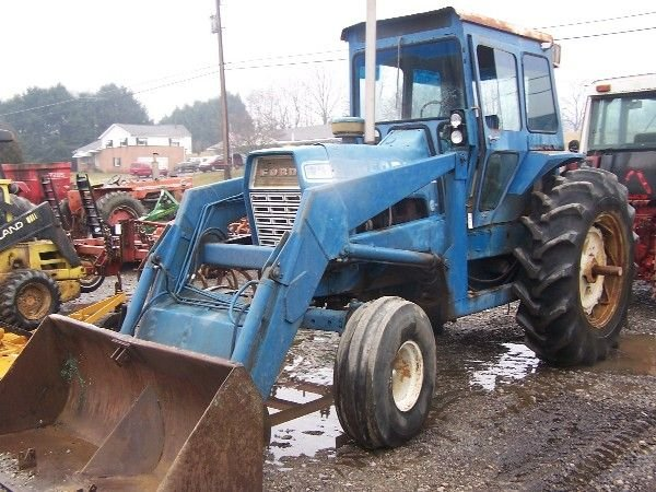 Ford 9600 Tractor : Moved permanently