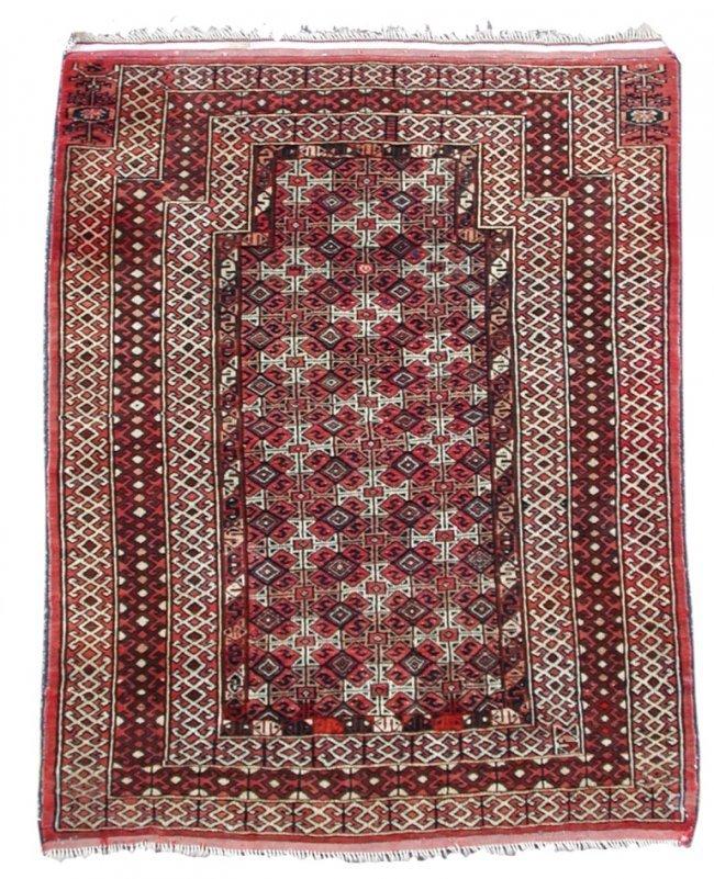 A Tekke Turkoman Prayer Rug : Lot 746