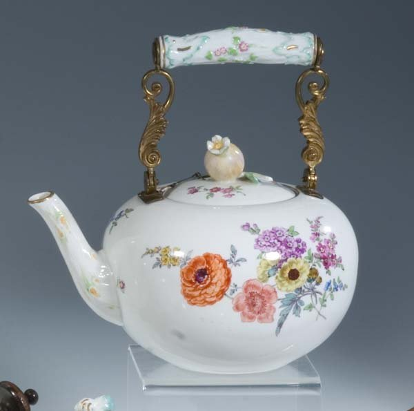 40 teekanne meissen porzellan porcelain tea pot lot 40. Black Bedroom Furniture Sets. Home Design Ideas