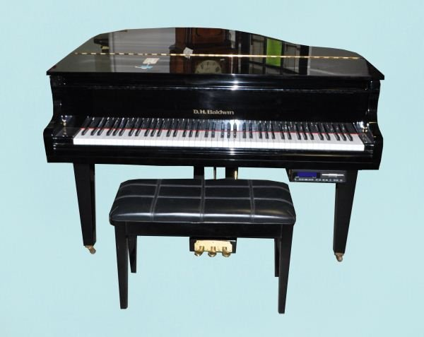 95 Baldwin Baby Grand Piano Lot 95