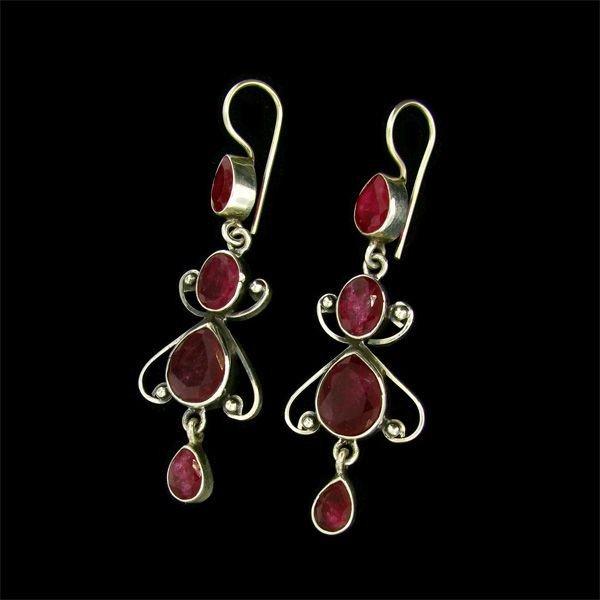 APP 11 1k 6 58CT Ruby & Sterling Silver Earrings Lot 731