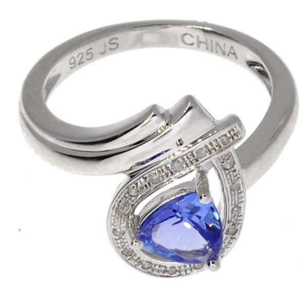 APP 2k 0CT Triangle Tanzanite Diamond & Silver Ring Lot 75