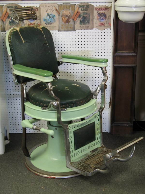 267 Antique Kochs Round Seat Green Barber Chair Lot 267