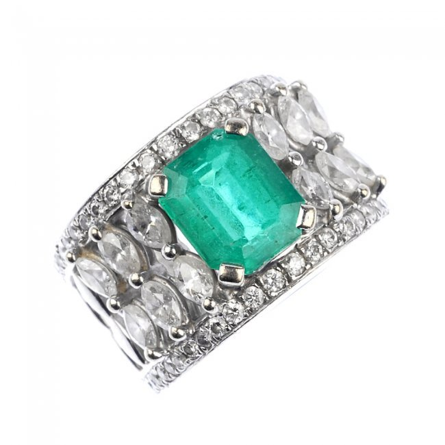 an emerald and dress ring lot 575